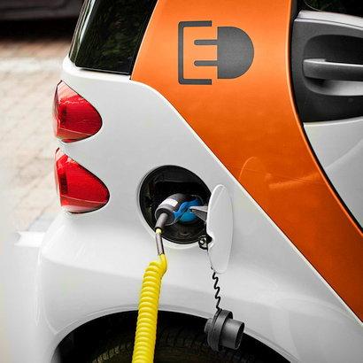 LeasePlan startet Pilotprogramm zur Förderung der Elektromobilität in Unternehmen auf der Klimakonferenz (COP23) in Bonn